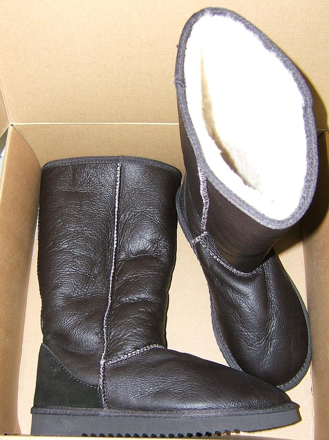 Kirkland-Signature-Shearling-Leather-Tall-Boots